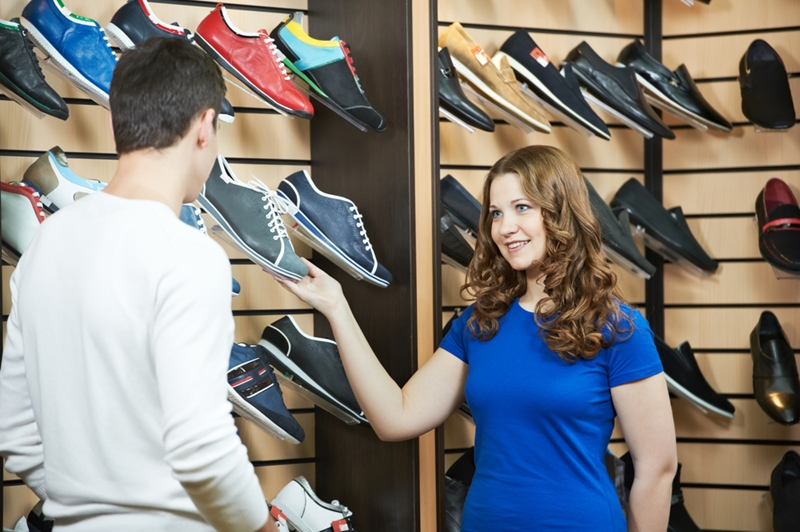 Having a fine-tuned awareness of peak shopping times will help retailers boost customer service.