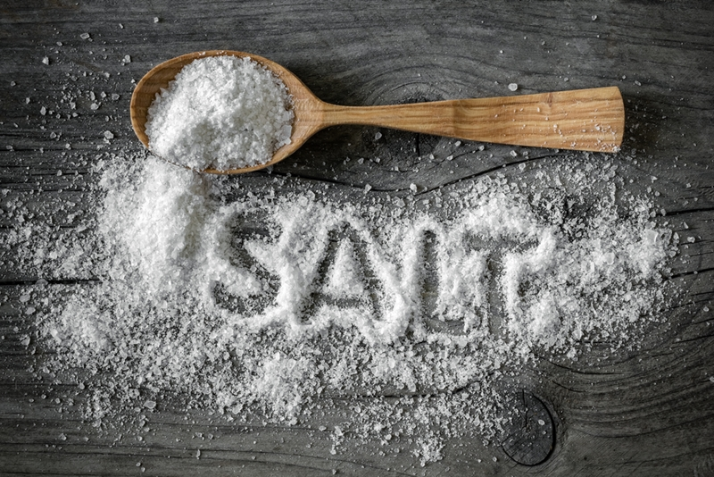 Salt is a classic remedy for relieving ulcer pain.