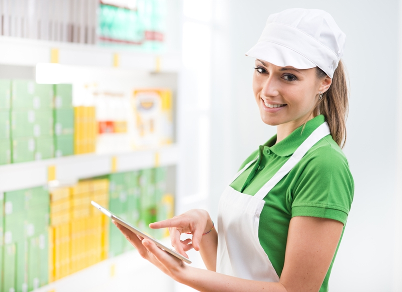 4 ways for retailers to improve their HR processes