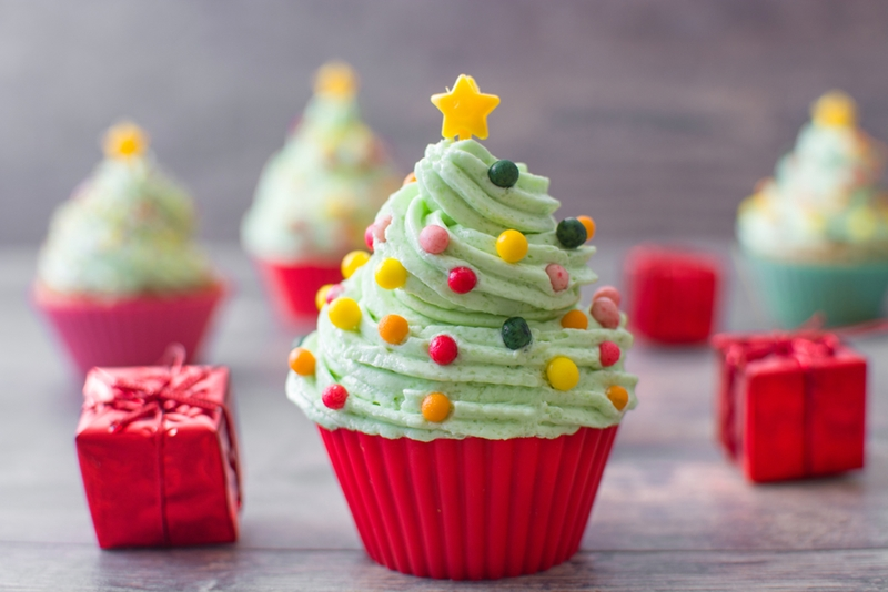 You don't have to resist holiday treats, you just have to be smart about them!