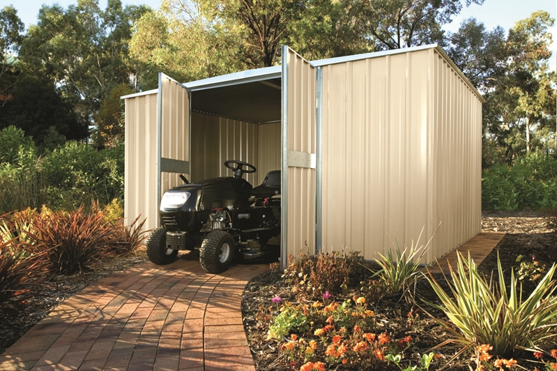 More than half of female buyers in the survey wanted backyards, whereas 60% of male buyers wanted a garage. Maybe a shed is a good compromise.