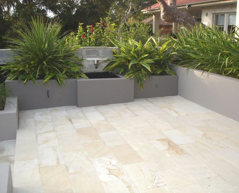 Baumart's Indonesian sandstone is ideal for outdoor and indoor application.
