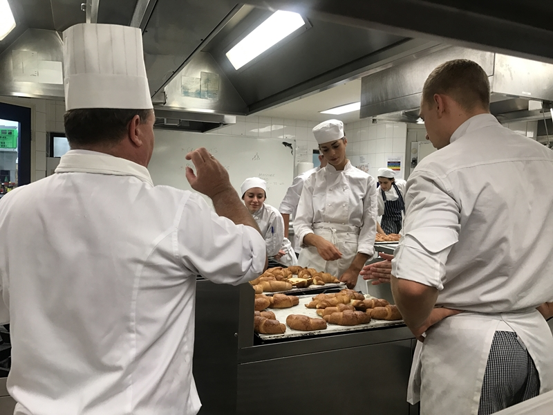 Sous chefs need both leadership and culinary skills.