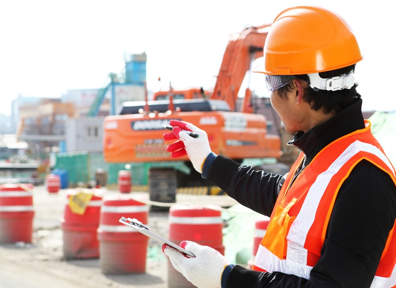 What type of equipment does your contracting business need?