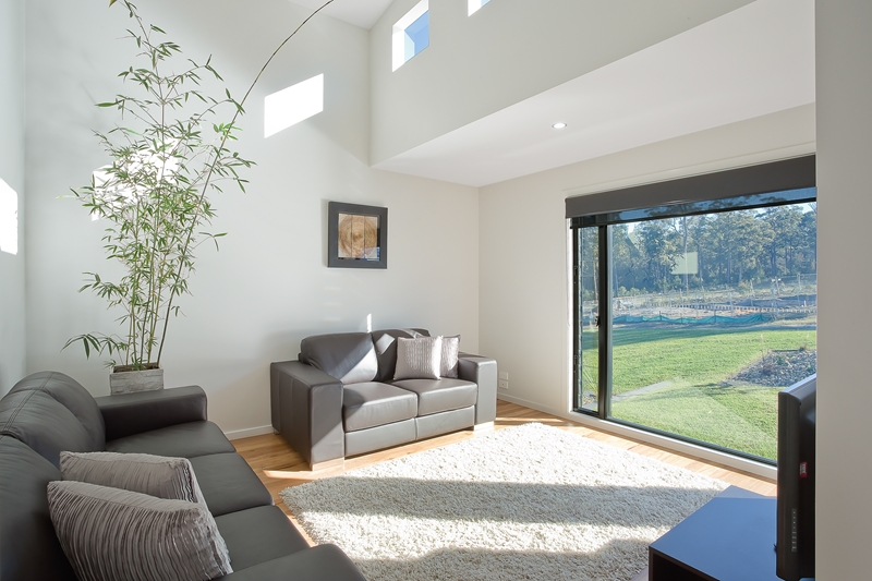 Make the most of the Australian sun with some clever window positioning.