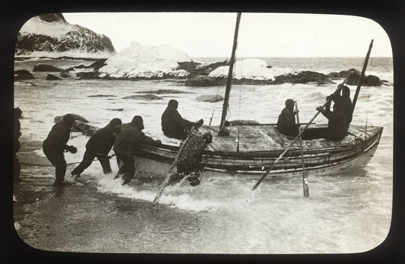 The James Caird was small, yet it had to fit five people and all of their supplies. Image credit: Frank Hurley. Mitchell Library, State Library of New South Wales