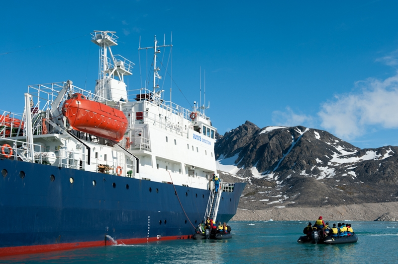 There are many opportunities to disembark and explore Spitsbergen with Aurora.