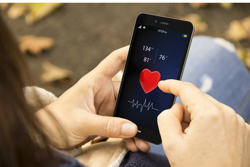 Use connected health solutions to monitor your heart.