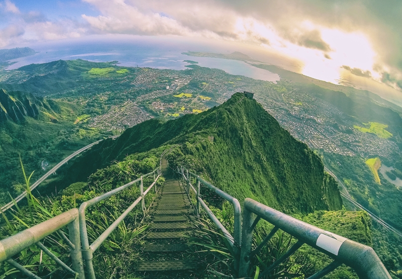 It's jaw-dropping views like this that make Hawaii a standout filming location and travel incentive destination.