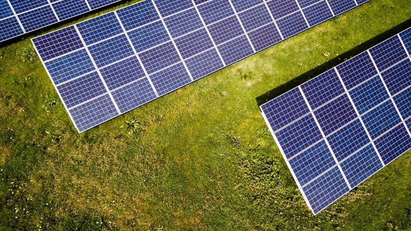 Redox flow battery storage can work well in conjunction with solar arrays.
