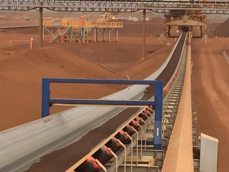 Mining conveyor belts are vital to operations - but can be exposed to dangerous tramp metal buildup.