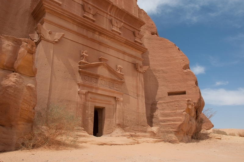 Take in the sights of Madain Saleh!