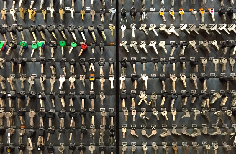 A manual key management system will struggle to keep track of large numbers of keys.