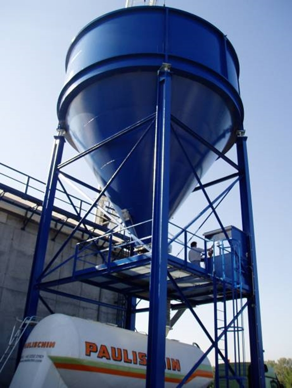 There are a variety of level detection methods for measuring liquids and solids.
